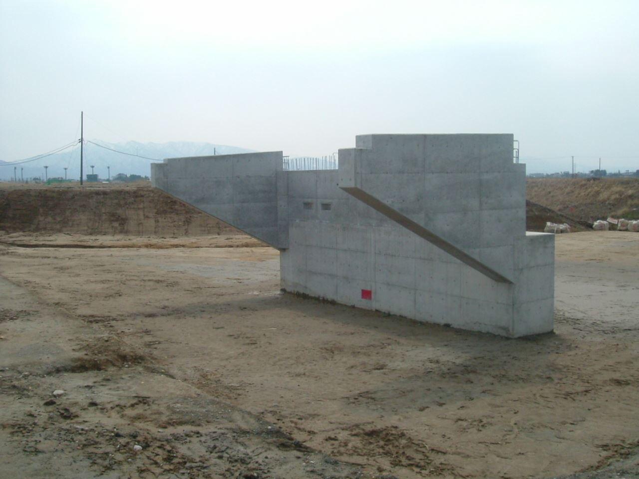 安野川4期地区 六日野安野川橋第6次工事