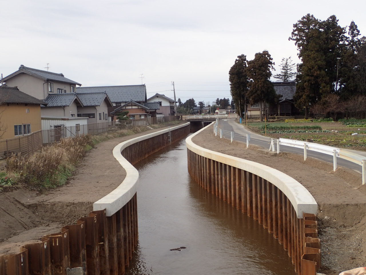 阿賀野川右岸第3地区旧小里川排水路第1次工事